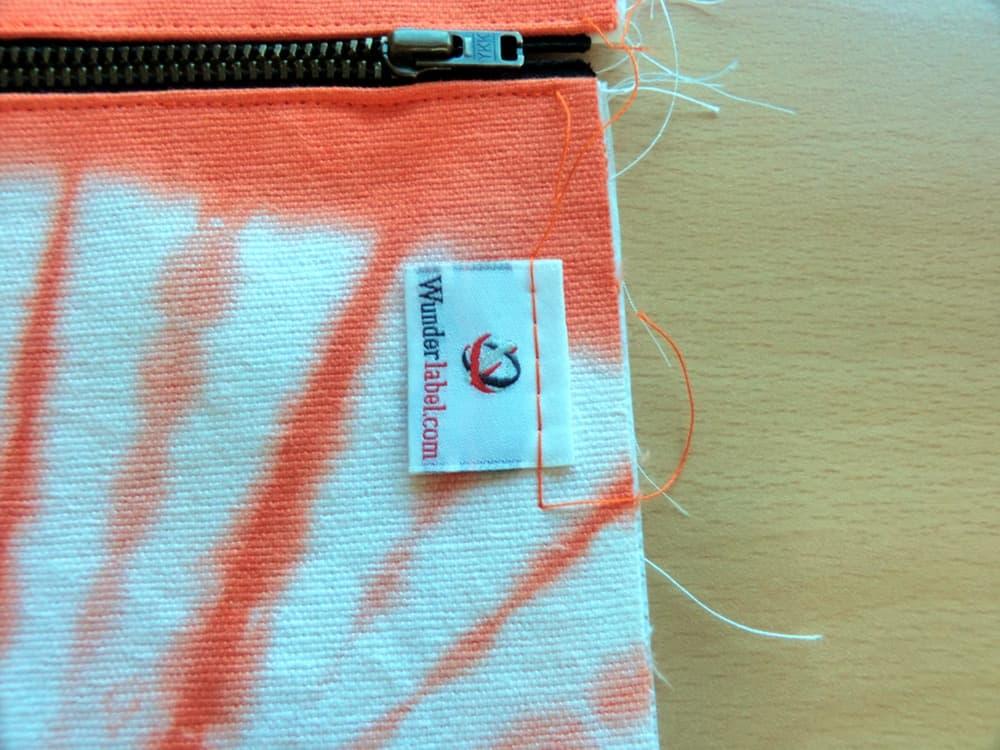 zipper pouch, tie dye, tutorial, handmade, woven label