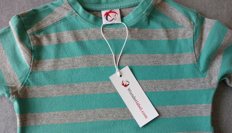Attach Hang Tag, Branding, swing tags, how to hang tags